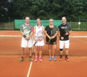 """Mixed Vereinsmeister 2018 ""Christian Aures mit Petra Majdic, Vizemeister Judith Englhard mit Alexander Steger"